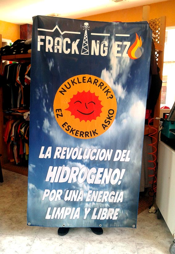 bandera-fracking-gasteiz-inguma-vitoria-vioriaenunclic