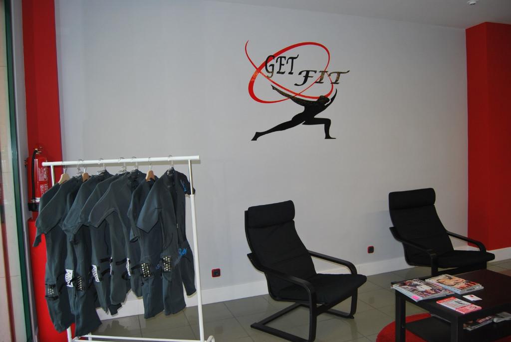 nuestros-trajes-logo-get-fit-gasteiz-vitoria-fitness-vitoriaenunclic-electoestimulacion