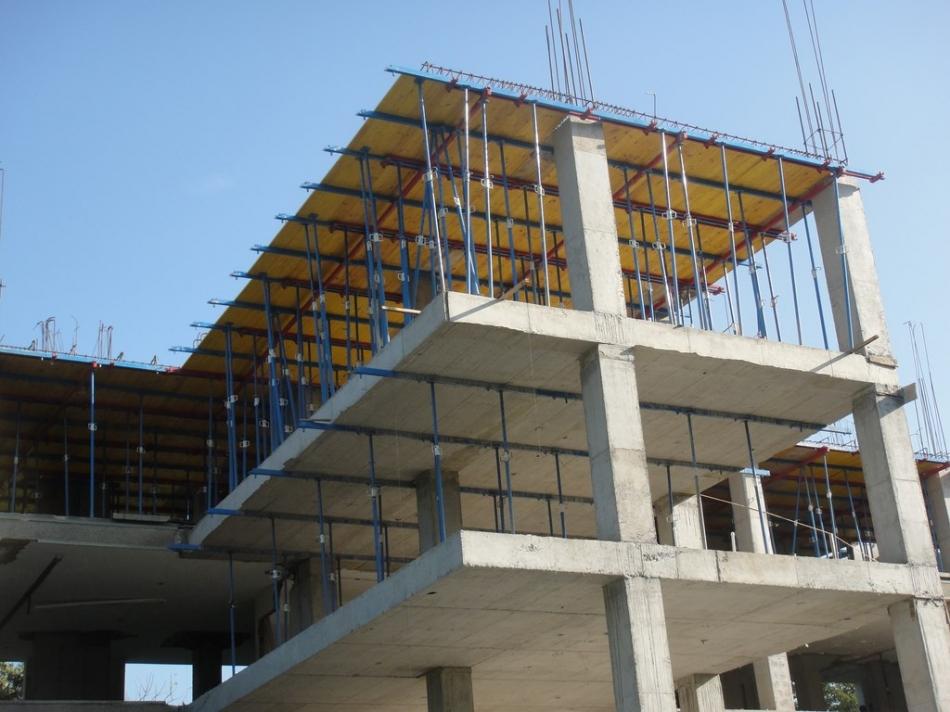 neilan-encofrado-edificio-empresa-especialista-estructuras-de-hormigon-en-vitoria