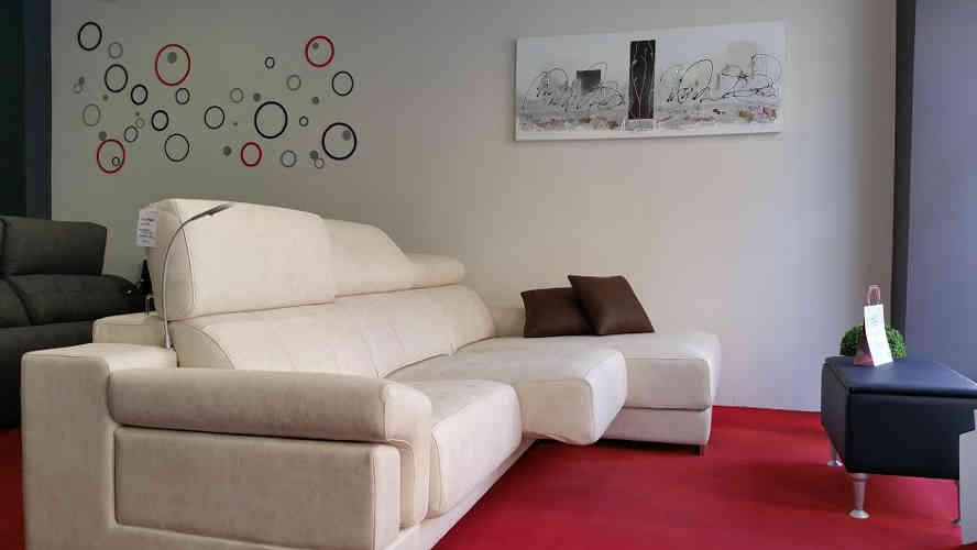 tienda_sofas_sillones_colchones_colchones_tapizados_somieres_canapes_camas_decoracion_Vitoria_Sofadekor_ejemplo_salon