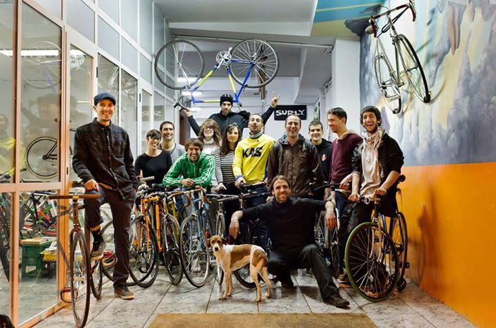 venta-bicicletas-vitoria-gasteiz-taller-de-asier-vitoria-taller-reparacion-vitoria-bicis-bicicleta-venta-piezas-bicicletas-vitoria-vitoriaenunclic