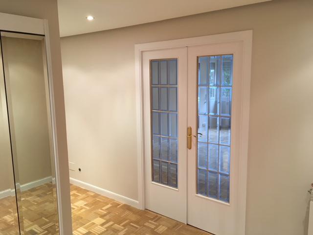 lacado-puerta-de-salon-vidriera