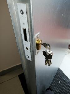 Cerrajeros en Vitoria. Cerrajeros Vitoria Reparar24. baratos economicos
