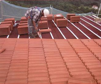 cubiertas-tejado-vitoria-rehabilitaciones-vitoria-cubiertas-de-tejado-colocacion-teja-plana-vitoria-burgos-vizcaya-guipuzkoa