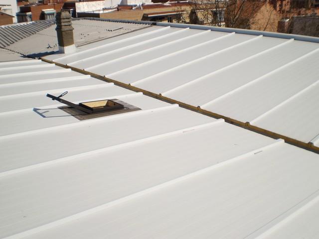 tejados-reparacion-cubiertas-gonzalez-vitoria-alava-tejados-de-chapa-uralita-tejas-tela-asfaltica-zona-norte-de-españa