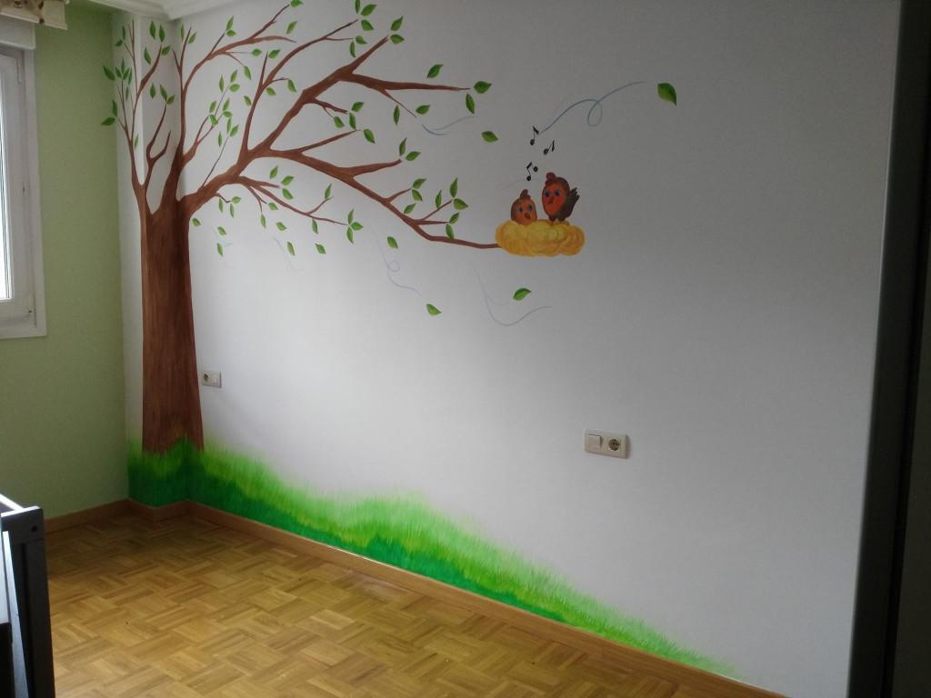 mural-arbol-y-pajaros-en-Vitoria-personalizado