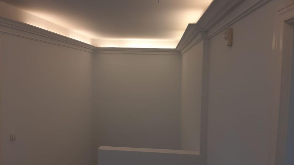 pintura-escaleras-pintura-casa-chalet-pintores-profesionales-vitoria-gasteiz-logroño