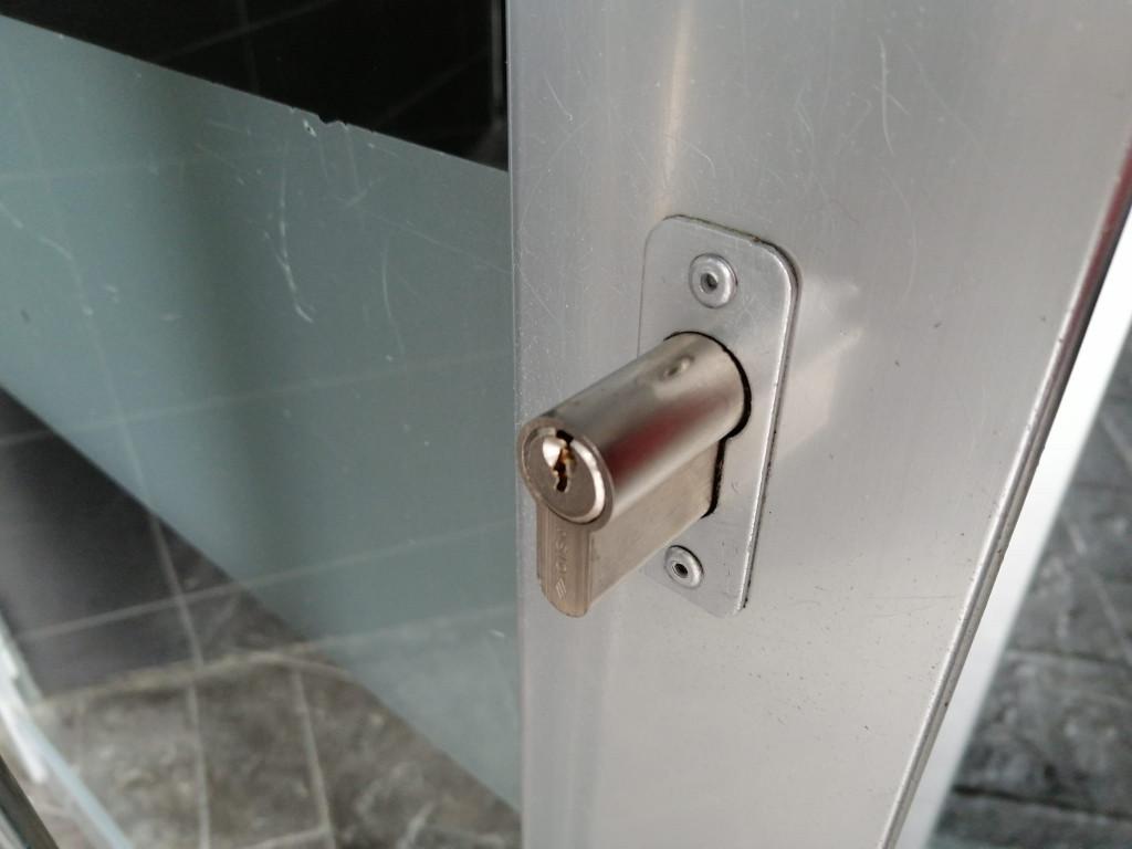 cambio-cerradura-cerrajeros-en-bilbao-deusto-getxo