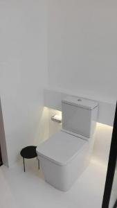 reforma de baño barata con microcemento en Vitoria que es